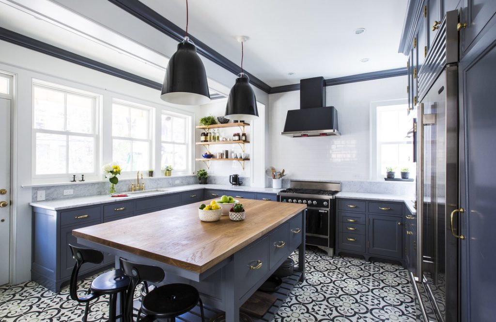 Design Inspiration – Kitchen Makeover Monday