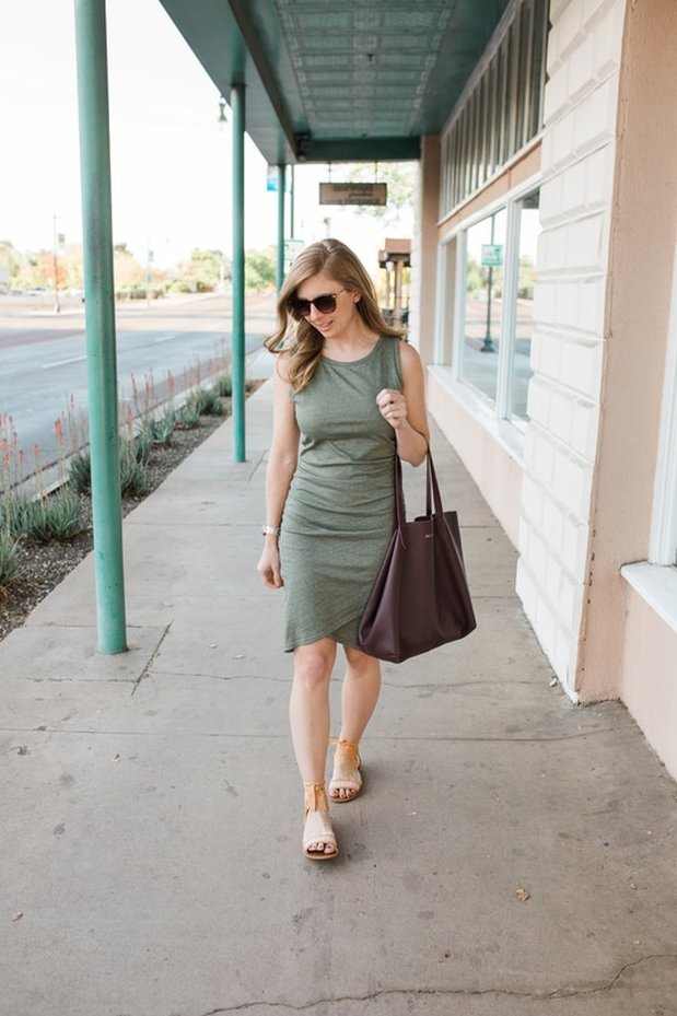 The Perfect Flattering Summer Dress