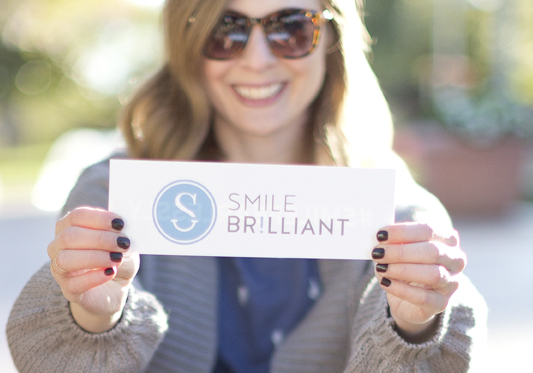 Teeth Whitening at Home – Smile Brilliant Review & Giveaway!