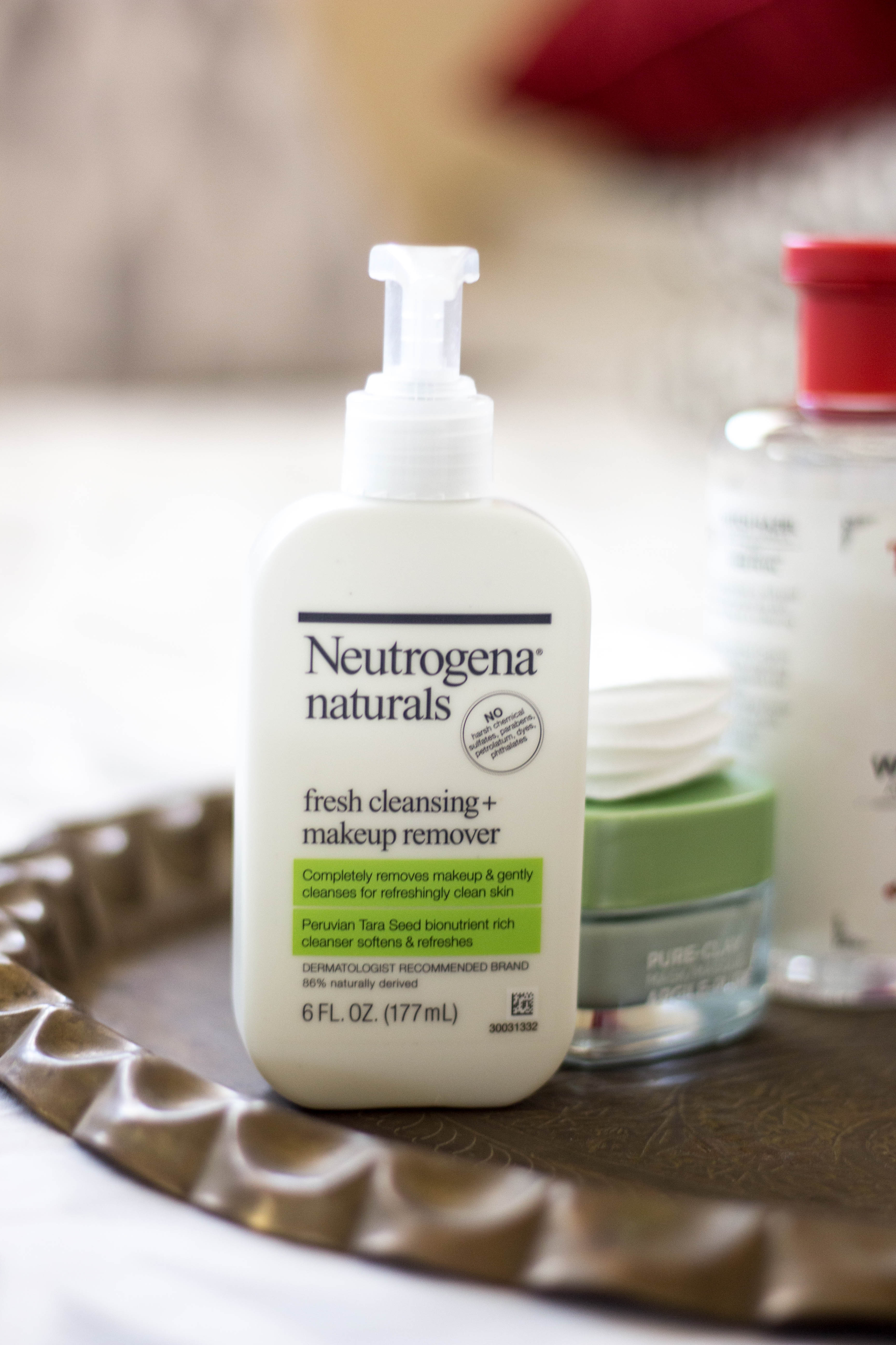 neutrogena naturals facial cleanser